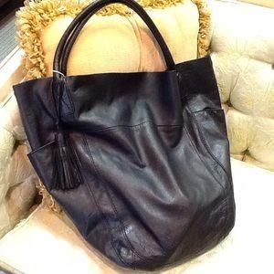 Handbags - ⬇️ Leather Tote